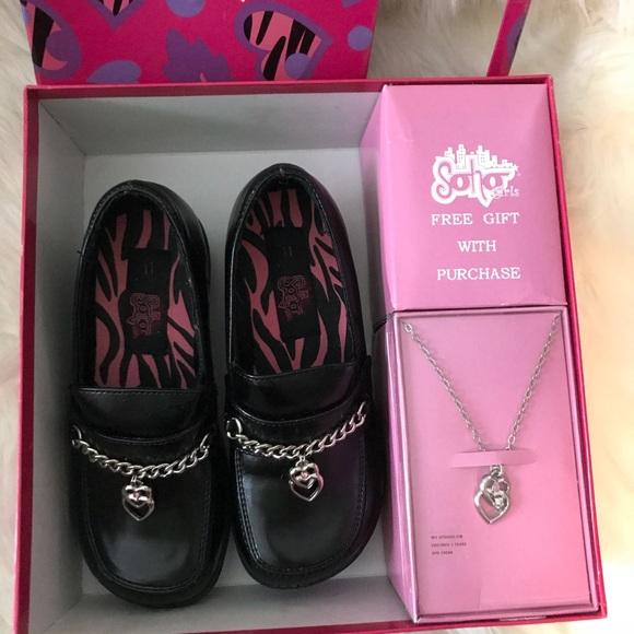 Soho Girls shoes and necklace gift box size 11